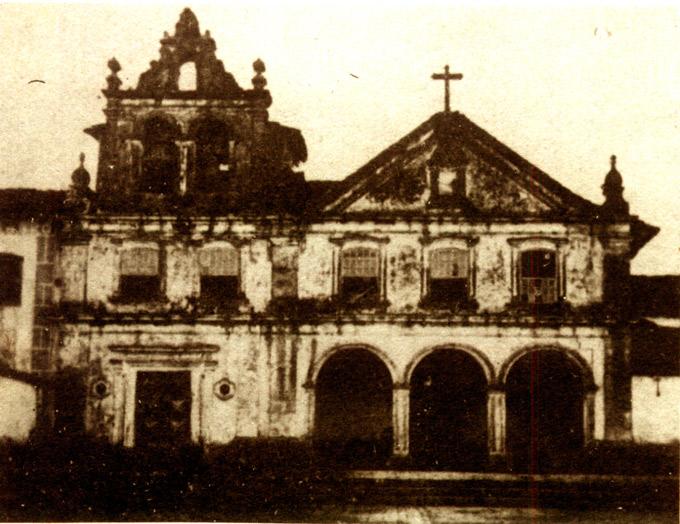 Fachada do Convento de Santa Clara em 1856. Foto de Robin&Favreau.