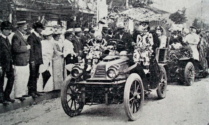 Carro alegórico em 1907. Fonte: Peregrino Cultural