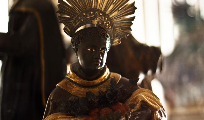 Imagem de São Benedito, em exposição no museu de Arte Sacra de Taubaté.