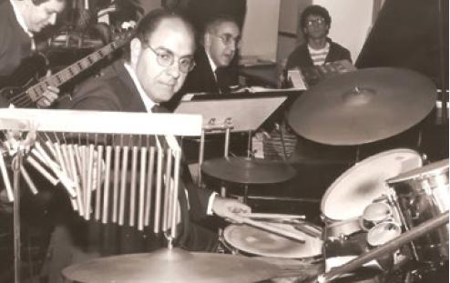 Ainda jovens, Augusto Arid, à frente, com seu irmão Walter logo atrás.