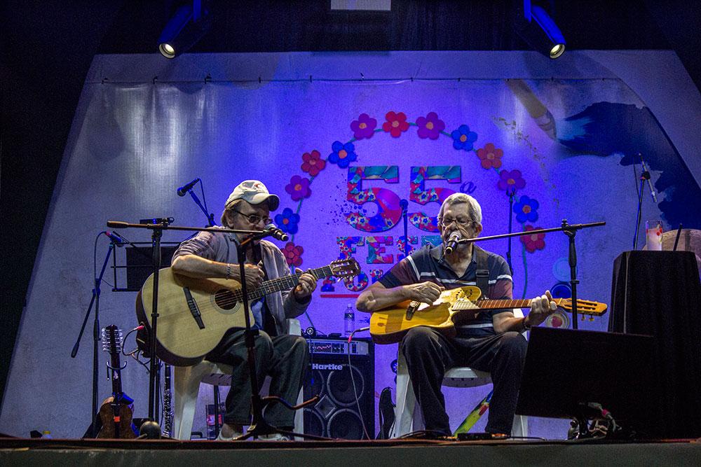 Os Turunas: Luis Rosas e Arraiel Theodoro.